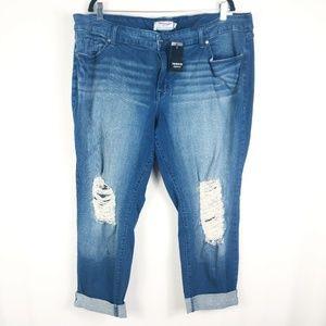 Torrid NWT Distressed Boyfriend Jeans Size 24S